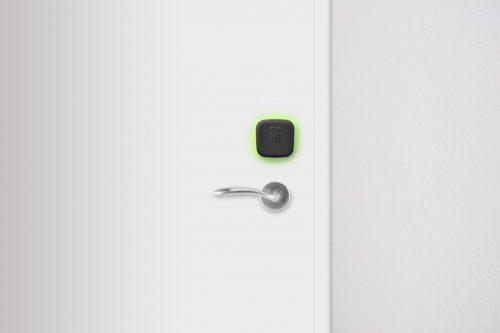 Intelligent hotel lock and reader
